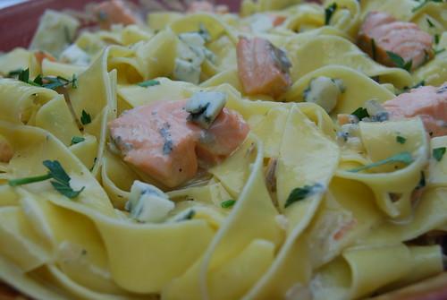 pasta gorgonzola en zalm