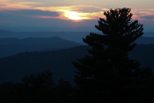 park sunset usa virginia nationalpark northamerica blueridgemountains shenandoahnationalpark hazeltopridgeoverlook pagecounty appalachianhighlands