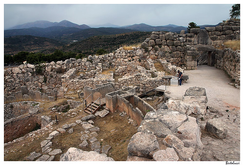 europe greece archeology lionsgate peleponnesos gravecirclea agrolida tamronsp1750mmf28xrdiiildaspifvc mycenaemykinis heinichschliemann christostsountas notthemaskofagamemnon iflewwithpazuzu