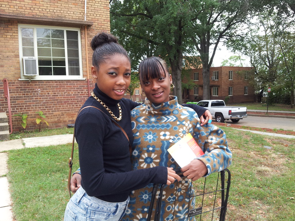 DC Streetcar intern and her mother out in the community.