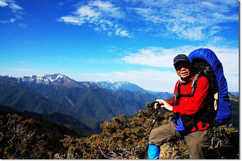 望崖山山頂(Elev. 3307 m)