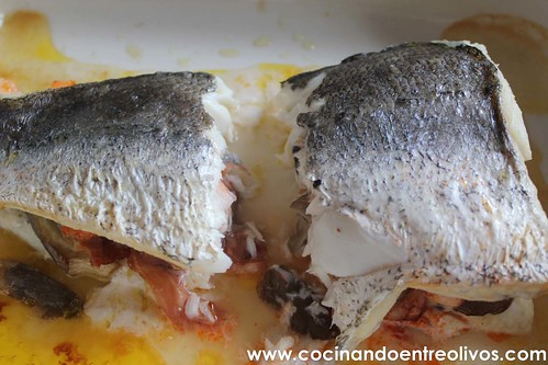 Merluza rellena de setas, langostinos y jamon www.cocinandoentreolivos (10)