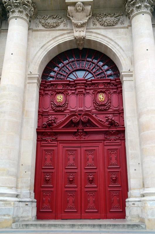 Paris And Beyond église Saint Paul Saint Louis La Porte Rouge