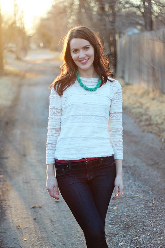 lace-shirt-jeans-3