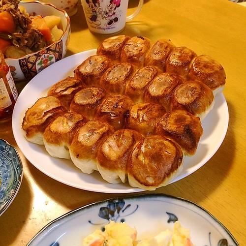 ホワイト餃子、焼き上がりました(^^)