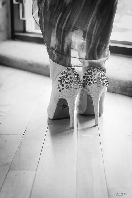 khols vera wang spiked heels 02
