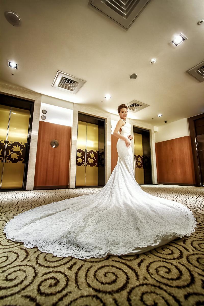 海外婚紗服務.自助婚紗攝影服務.台北婚禮紀錄.台中婚禮紀錄.高雄婚禮紀錄.婚禮攝影.人像寫真.網拍服務