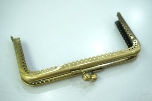 花邊方形口金(15cm) 手工藝材料配件 SA008003-1