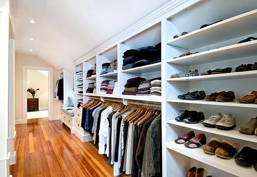 Master-suite-closet