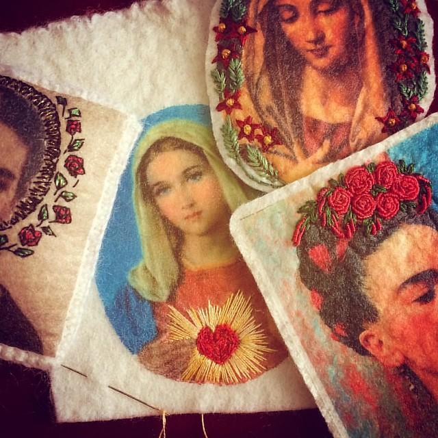 In progress... #embriodery #bordado #broderie #neddleart #portraits #fridakahlo #virginmary #sacredheart #flowersinherhair #wip