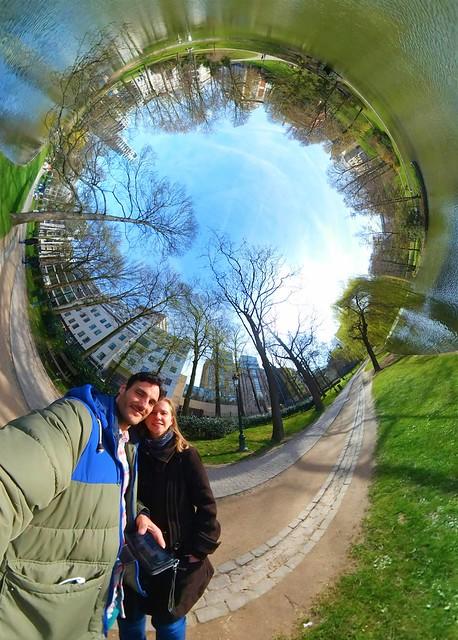 Lovely park in Brussels - Our Little World #city #park #earth #gear360 #fisheye #belgium #benheine #littleworld #aroundtheworld #photography #landscape #nofilter #benheineart #monuments #belgique #belgium #planet #music #round #planet #samsung #benheineph