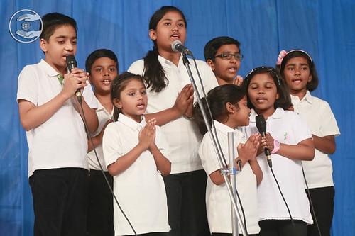 English devotional song by Bal Sangat Dum Dum, West Bengal
