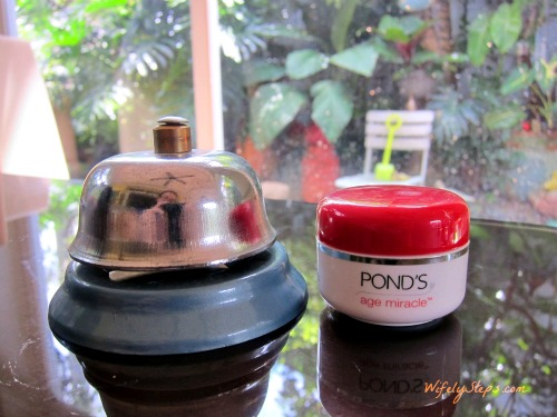 Ponds Age Miracle Cream 4