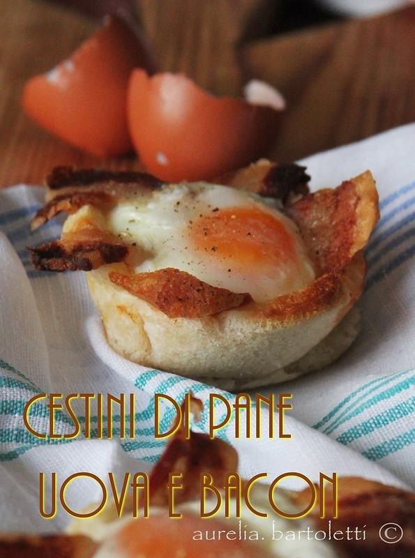 Cestini di pane uova e bacon