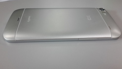 i-mobile IQ9.1 ด้านซ้าย