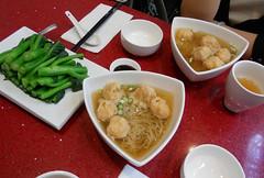Wanton noodles @ 東東