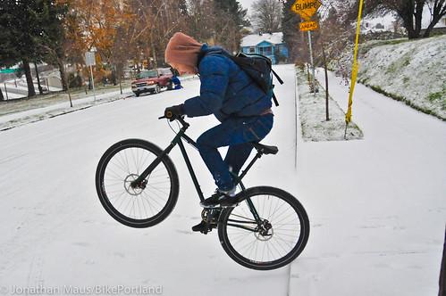 Snow scenes in Portland-4
