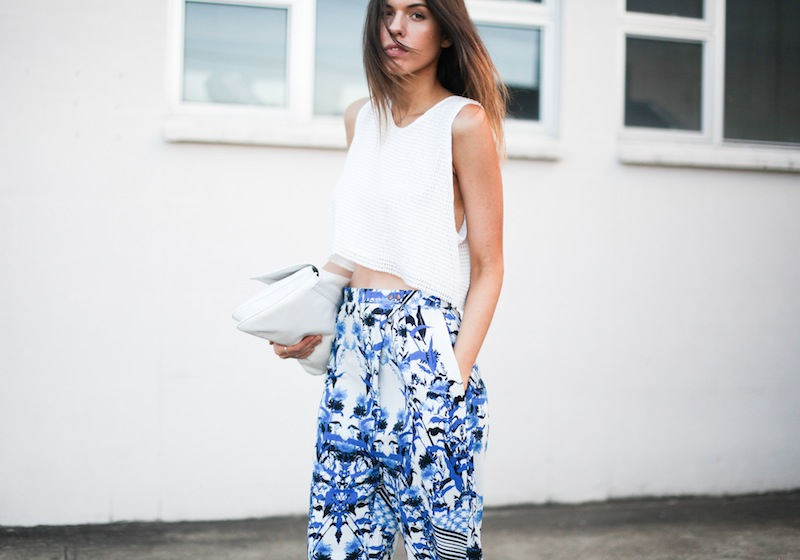 modern legacy fashion style blogger australia Christmas outfit party Three of Something printed pants crop top summer street style (7 of 9)