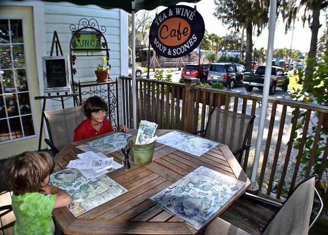restaurants in crystal river florida