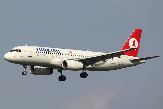 Turkish Airlines - A320 - TC-JPK (1)
