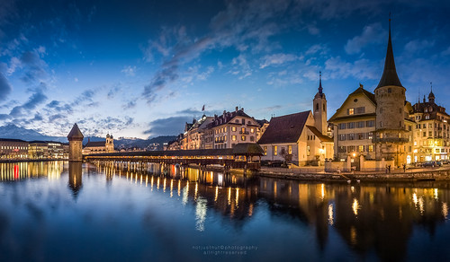 city longexposure bridge sunset sky lake skyline landscape switzerland evening twilight cityscape swiss citylife luzern chapel landmark lucerne chapelbridge lakelucerne kapellbrücke