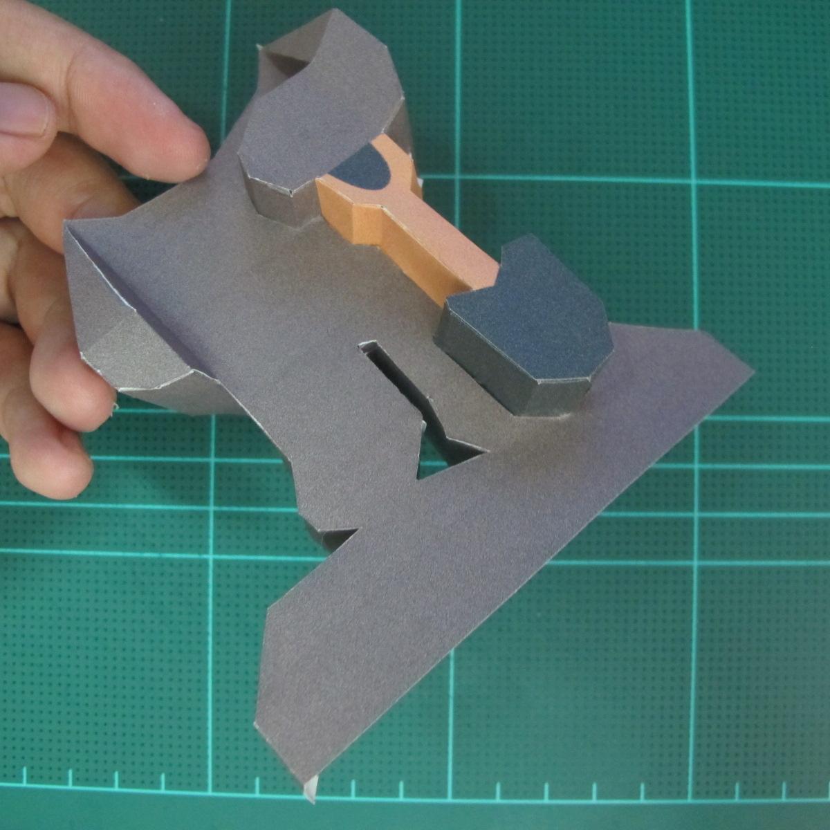 วิธีทำโมเดลกระดาษ ตุ้กตาไลน์ หมีบราวน์ ถือพลั่ว (Line Brown Bear With Shovel Papercraft Model -「シャベル」と「ブラウン」) 015