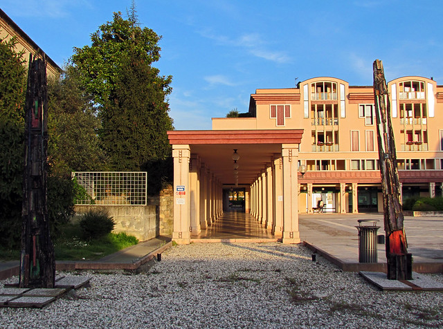 abano terme single mature ladies You might see a seething mass of men and women, roads, airports, railways,  abano terme,  a settlement dating bade to the time of the romans,.