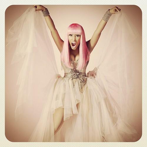 therabbitandtherobin Hottie Nicki Minaj Tune of the day
