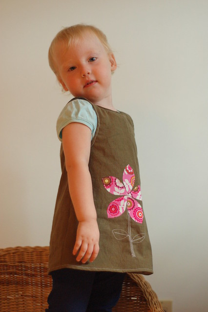18mo green linen-cotton flower MODELLED