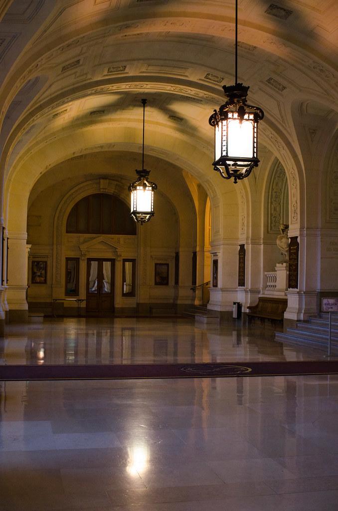Le Grand Vestibule