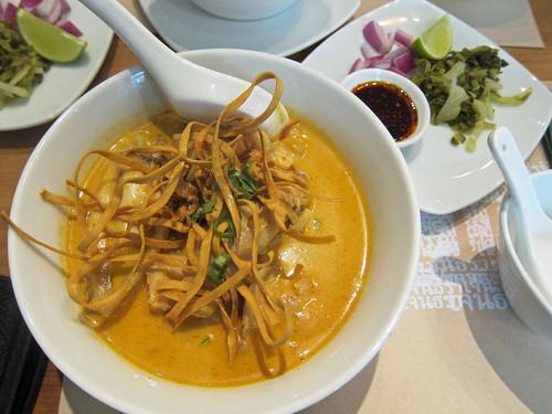 Khao Soi and its Trimmings