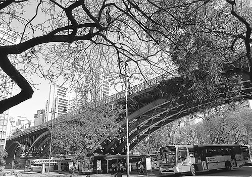 São Paulo em Preto e Branco/Viaduto Santa Ifigênia