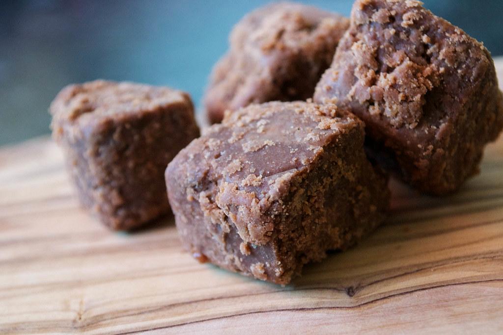 chocolate fudge with kentish cobnuts