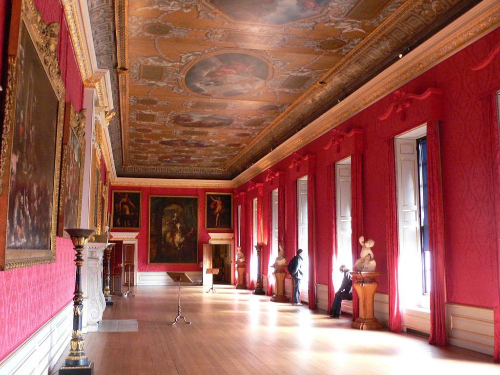 4. Pasillo en el interior del palacio de Kensington. Auto, Heatheronhertravels
