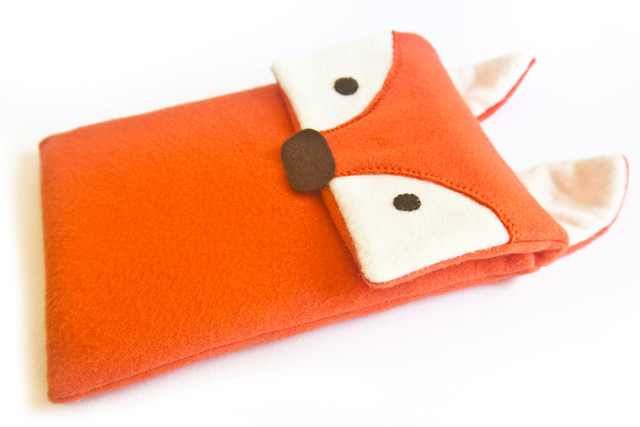 Finished FOXY kindle/iPad cosy sewing pattern.