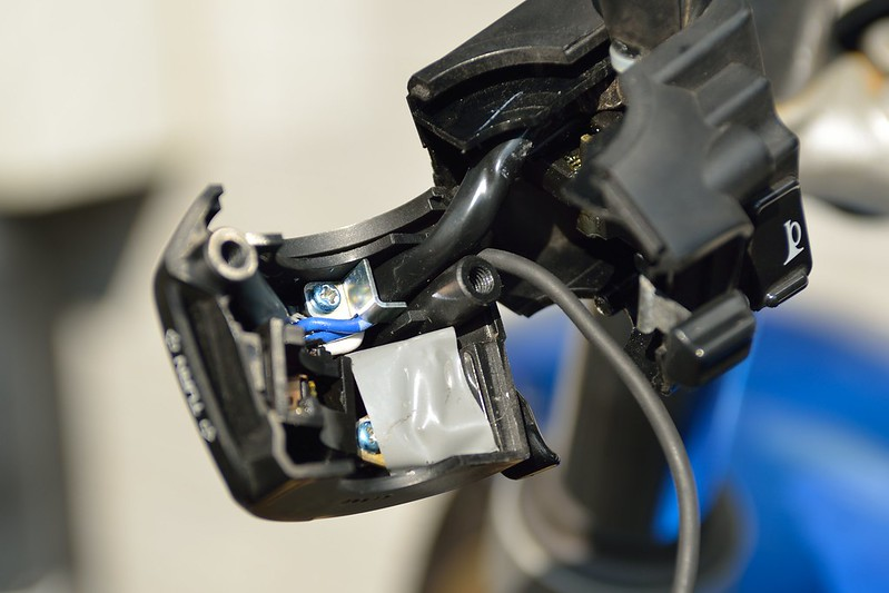 パッシングスイッチをPTTに改造する-VTR250-