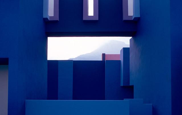 Muralla_Roja_Calpe_Spain_Ricardo_Bofill_Taller_Arquitectura_22