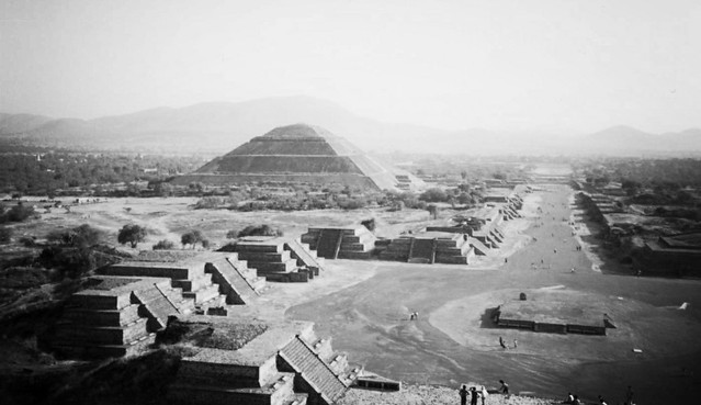 Teotihuacan views