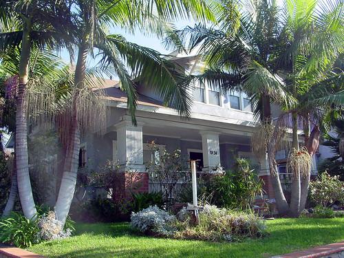 21 - Doughl-Barmann Residence - 1934 S Western Ave (E)