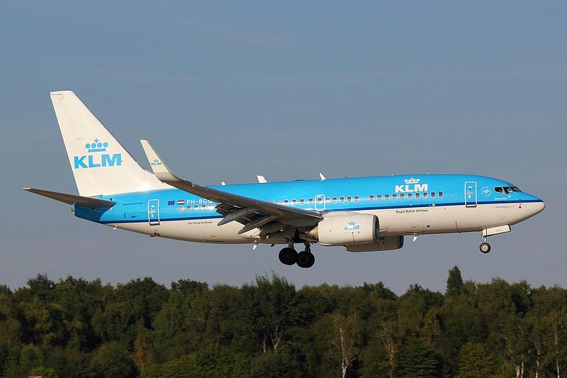 KLM - B737 - PH-BGQ (2)