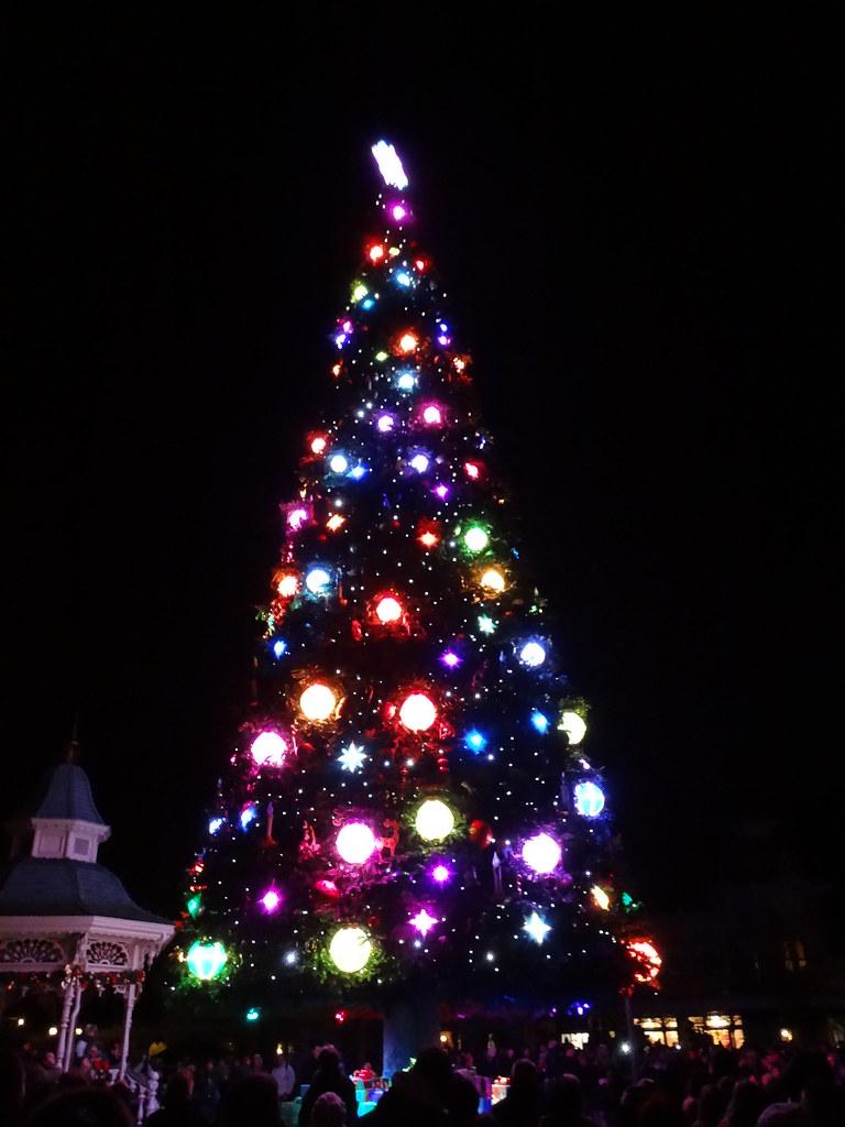 Un séjour pour la Noël à Disneyland et au Royaume d'Arendelle.... - Page 4 13700381124_3e469db049_b