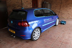 automobile, automotive exterior, wheel, vehicle, automotive design, volkswagen golf mk5, city car, bumper, hot hatch, land vehicle, hatchback, volkswagen golf,