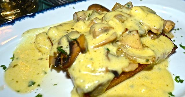 mushroom toast - City Tavern Philadelphia