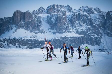 Noční závod Sellaronda Skimarathon prověří 1 300 závodníků