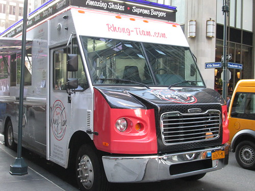 Rhong-Tiam truck, 47th St. NYC. Nueva York