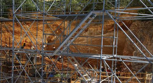 En plena excavación (Atapuerca, 06-07-13)