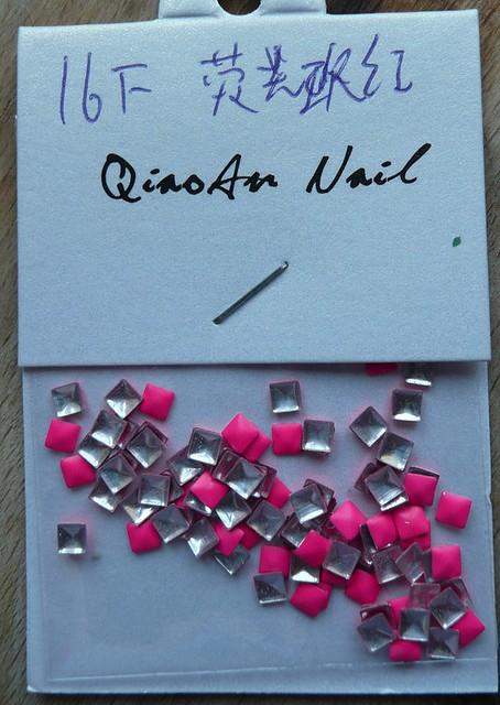 neon pink studs 1