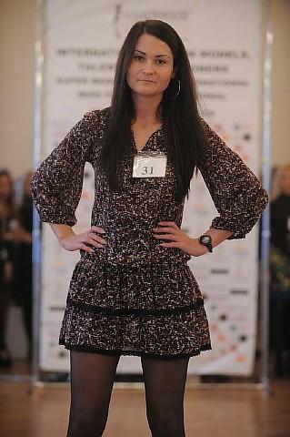 Fashion House International_257