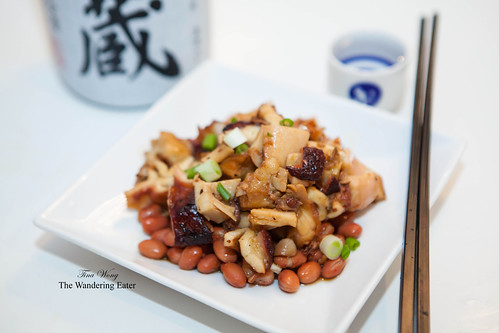 Stewed octopus with beans