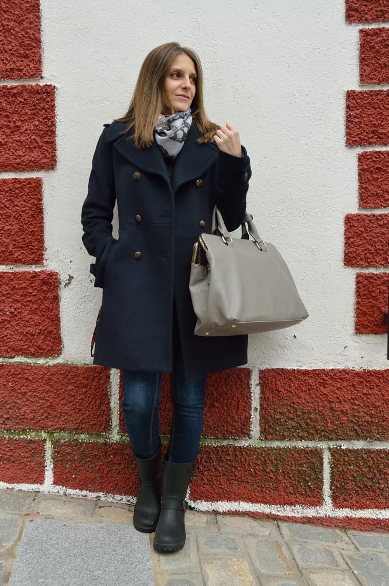 lara-vazquez-madlula-blog-fashion-style-chic-grey-bag-nautical-inspiration-outfit